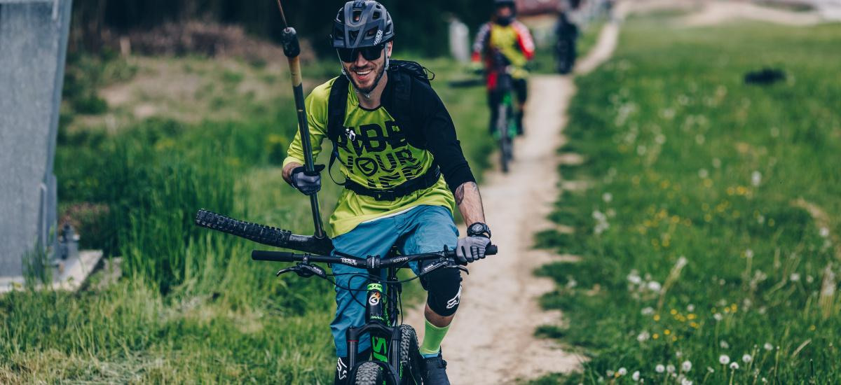 Žije bicyklami, riadi marketing značky Kellys a nad ponukou práce na Slovensku neváhal ani sekundu