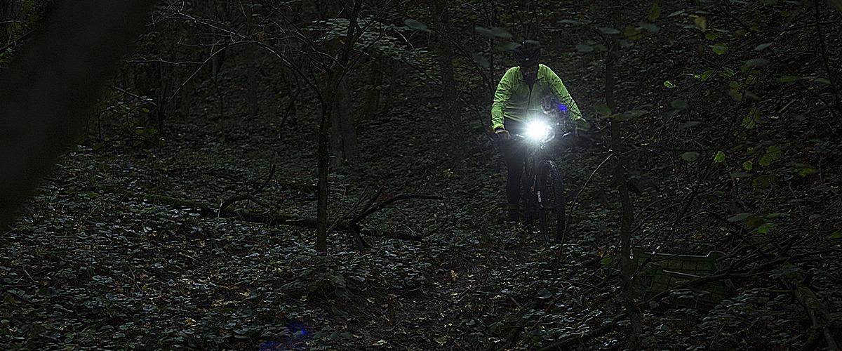 Výkonné svetlá na jazdenie – vyrazte do noci