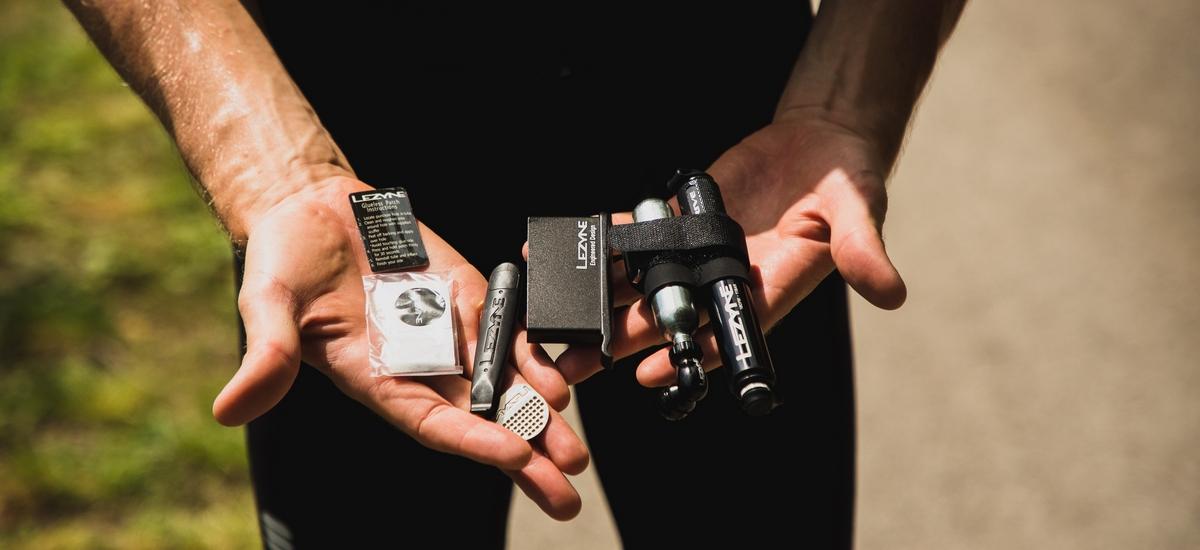 Test: Lezyne Minipumpa Pocket Drive SET - všetko pokope