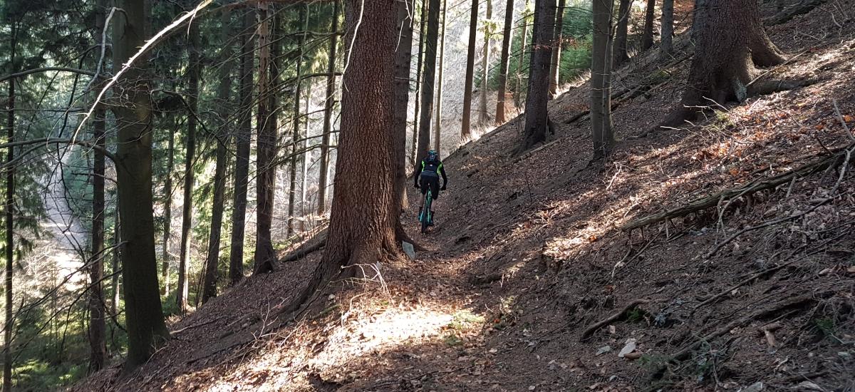 Výbava na trail – ak máte radi terén vo všetkých jeho podobách