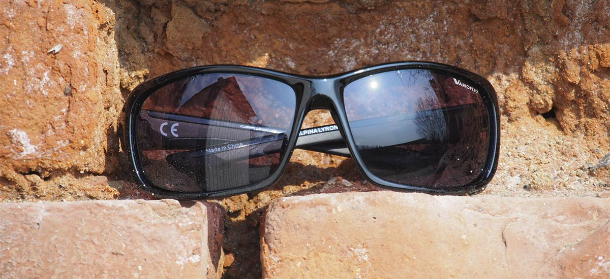 Test: Alpina Lyron – fotochromatické okuliare na bike aj do voza