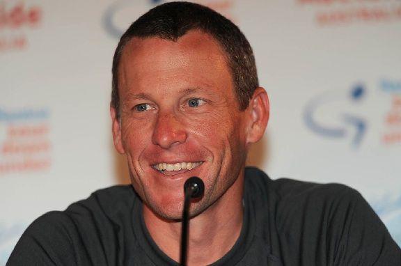 Armstrong obvinil vládne úrady z úniku informácií