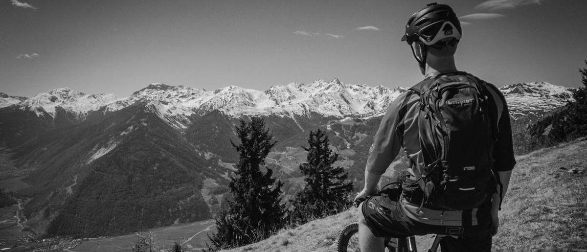 Amplifi - batohy na trail aj s ochranou chrbta