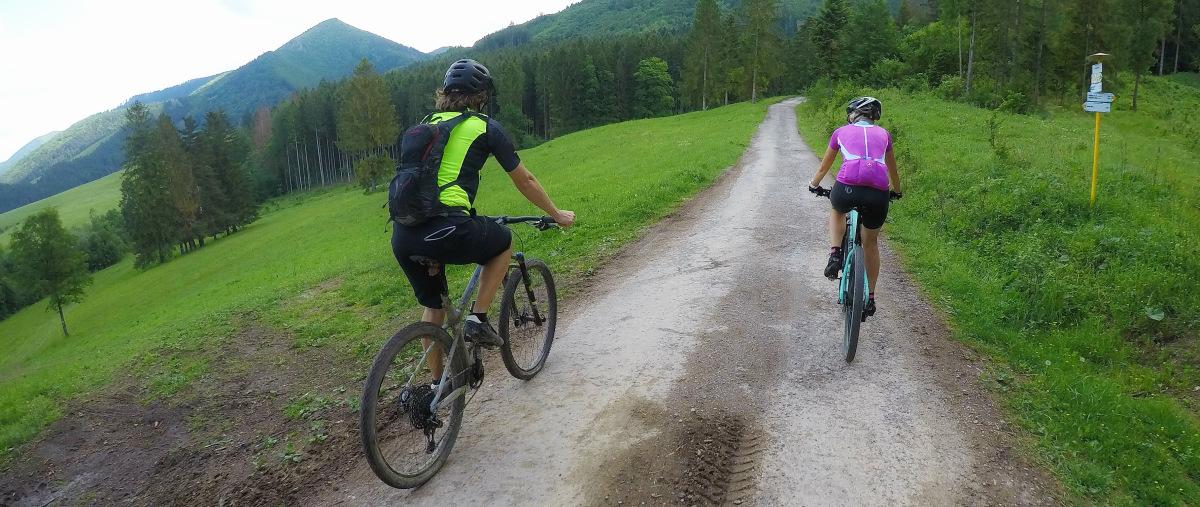 Vhodné batohy pre športovú jazdu a na obľúbený trail