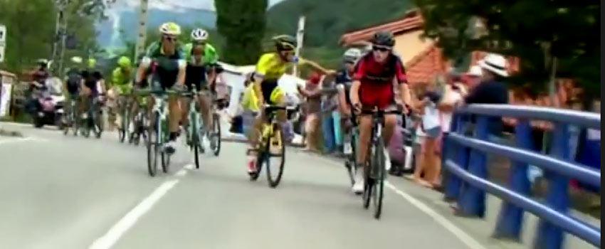 Po vzájomnom pästnom súboji počas etapy vylúčili z Vuelty Brambillu a Rovného