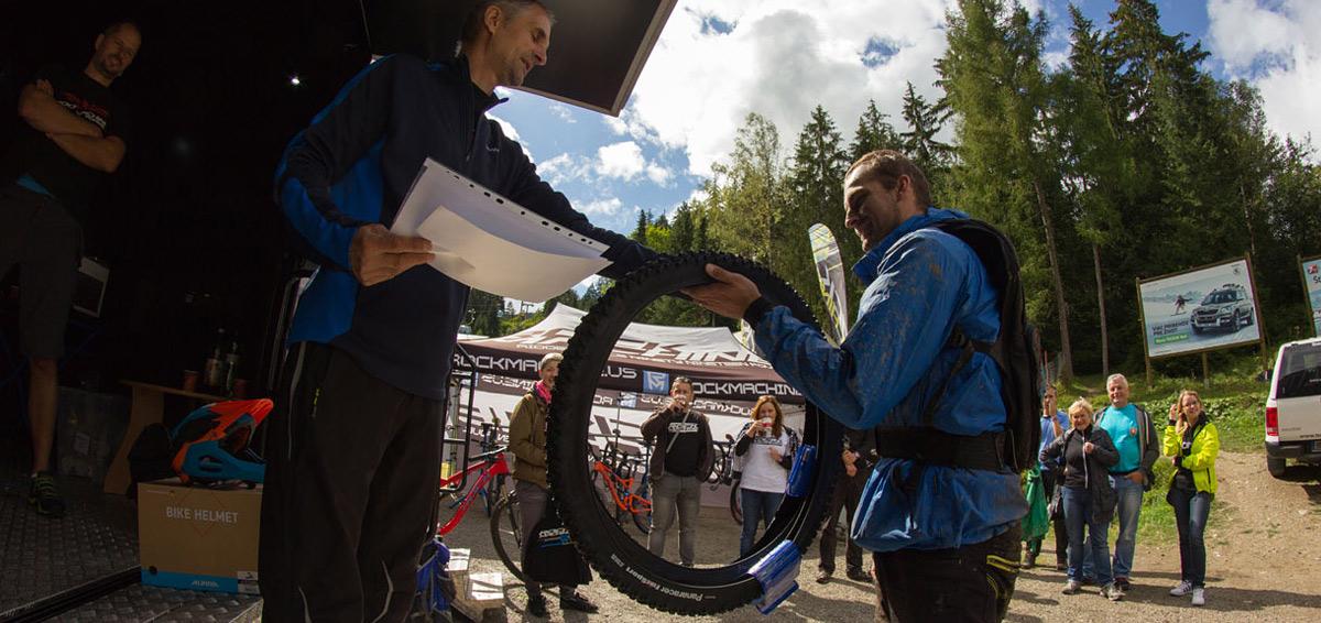 Vyhodnotenie súťaže CYKLO-ČIN - Kto vyfasoval doživotie za dobrý skutok, ktorý slúži všetkým cyklistom?