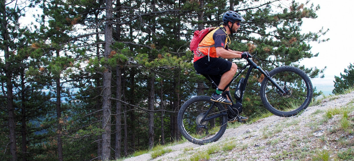 Má elektrobicykel význam pre aktívneho cyklistu alebo, pre koho je vlastne určený?