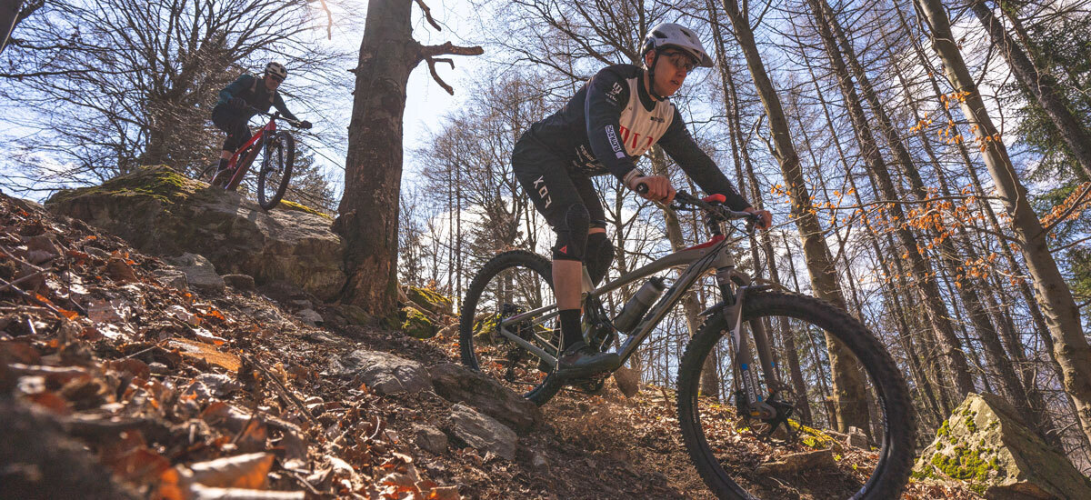 XC/maratón vs. enduro – súboj na traile
