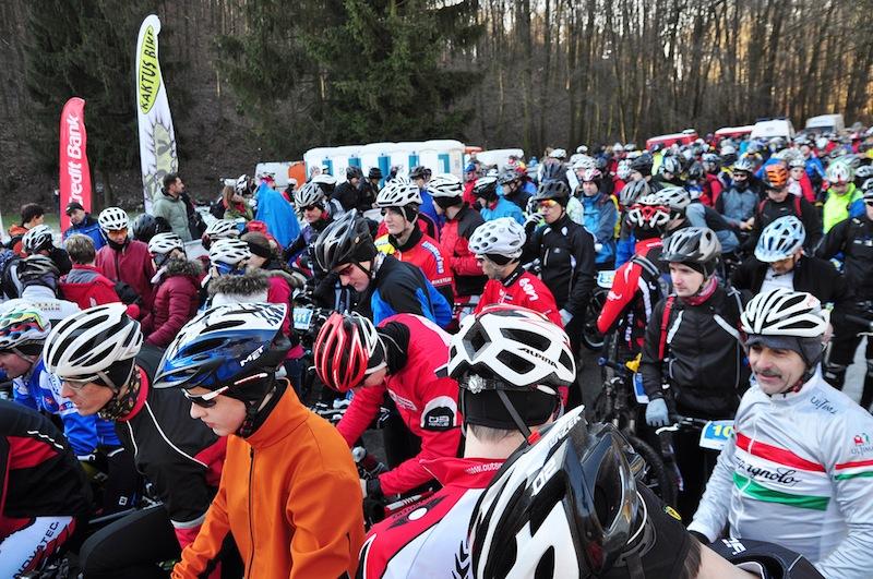 Takmer 360 cyklistov na 1. Zimnom maratóne