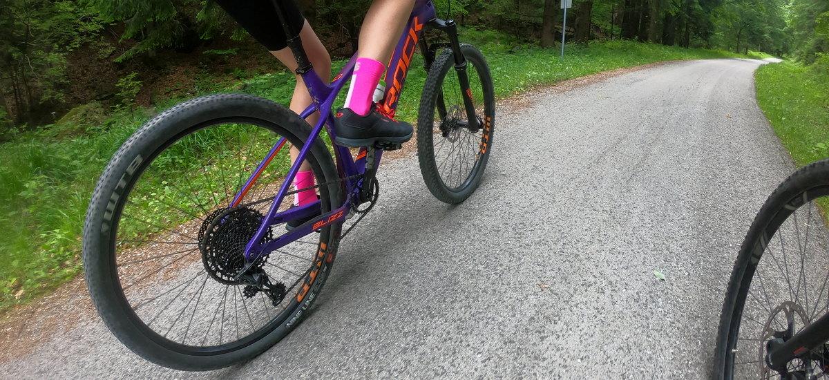 Moja cesta k jednoprevodníku - zvládne ho aj bikerka ako ja?