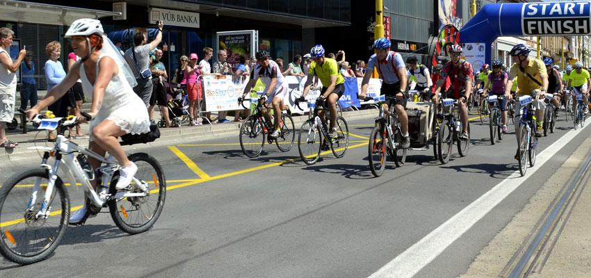 Cyklisti na diaľnici alebo aké to bolo na ŠKODA Bike & Tour