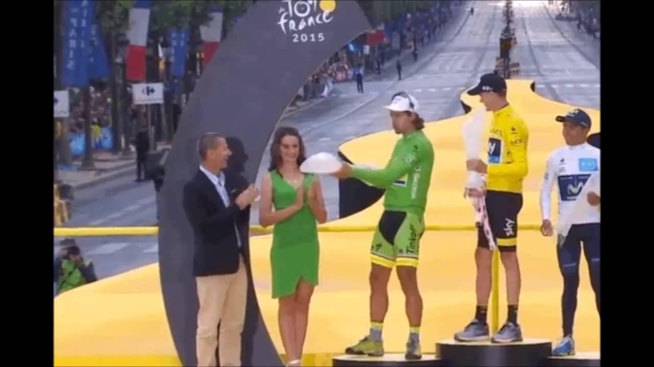 ŠKODA venovala krištáľové trofeje víťazom Tour de France 2015