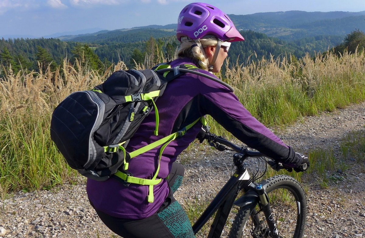 Test: Dámske kraťasy POLARIS Trail shorts ladies a dres Siren - príjemné a dobre spracované kúsky