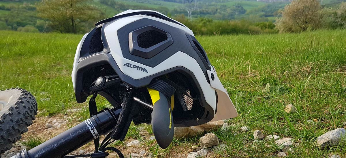 Alpina Rootage – prilba nielen na trail