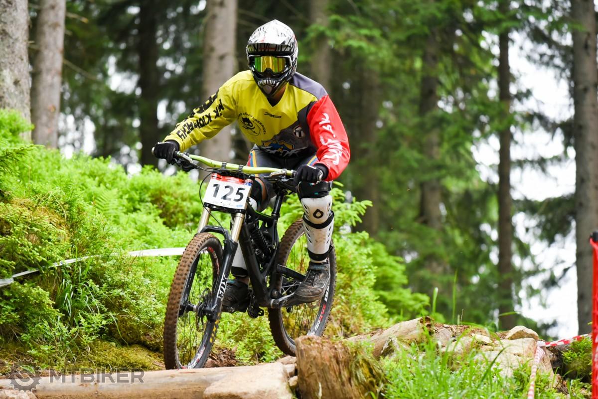 Fotogaléria: Majstrovstvá SR v zjazde a 3. kolo Slovenského pohára v zjazde horských cyklistov