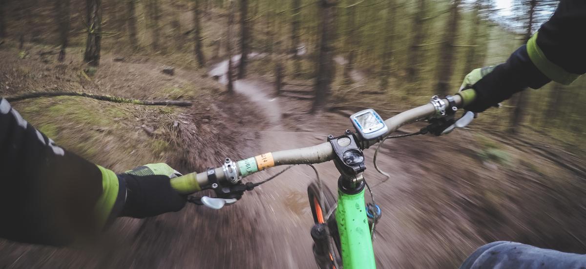 Výbava na trail a enduro – spoľahlivosť a univerzálnosť použitia