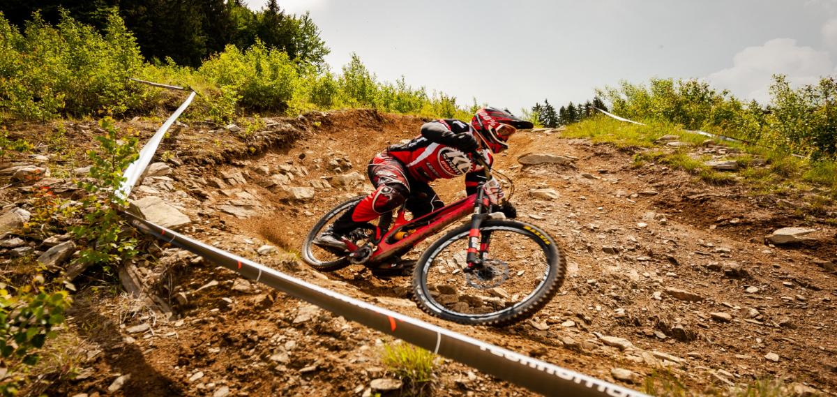 Reportáž: Kouty nad Desnou aneb další kolo moravsko-slovenského downhill Cupu