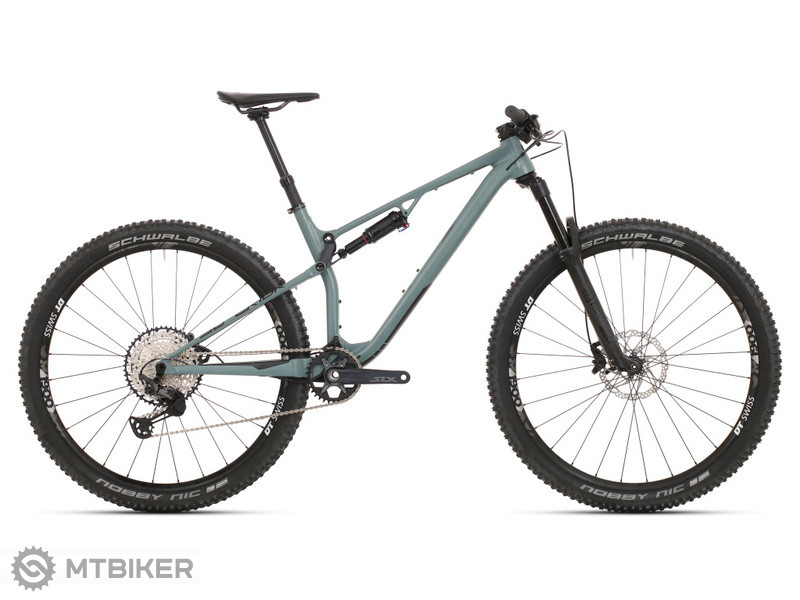 Superior XF 939 TR, model 2021