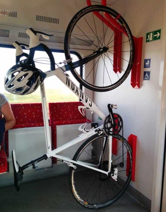 Preprava bicykla vo vlaku na linke S50